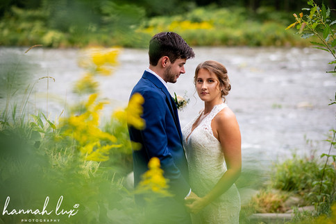 Emerson Resort Wedding - Hannah Lux Photography