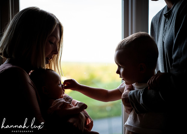 Hannah Lux Photography Newborn Photos
