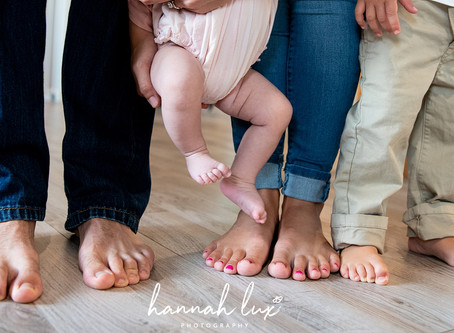 Lifestyle Newborn Sessions: What They Are and Why I Prefer Them.