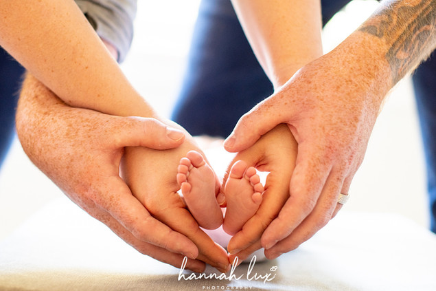 Hannah Lux Photography Newborn Photos Heart Feet