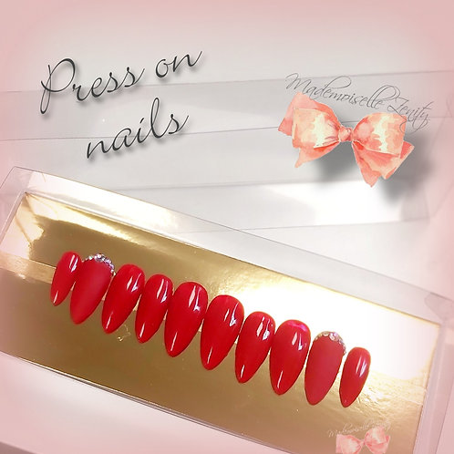 Press on nail kit Red