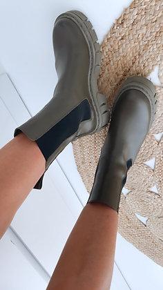 Boots-grün