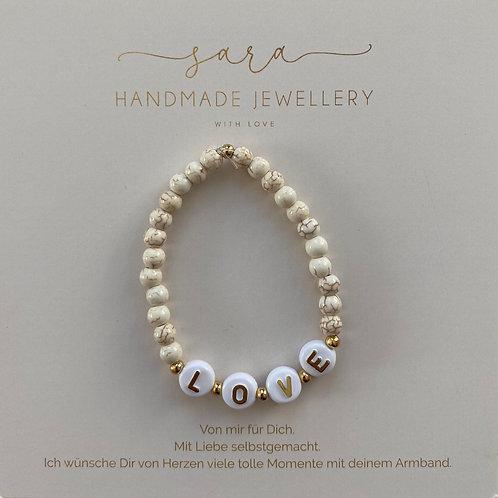 Armband-LOVE beige Perlen