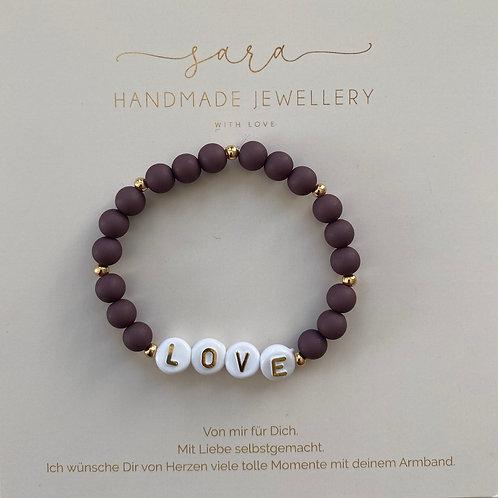 Armband-LOVE lila Perlen groß