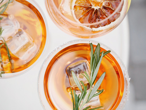 5 Low-Cal Alcoholic Drinks - And How You Can Make Healthier Drinking Choices