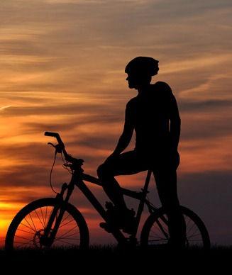 mountain-biker-silhouette-Bookmundi_edit