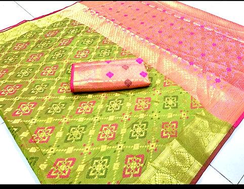 Exclusive Banarsi Silk Thread Woven Saree