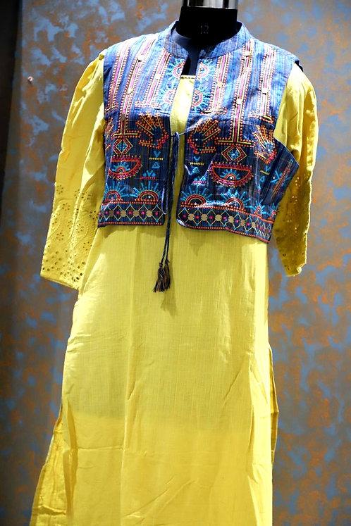pure cotton kurti with stylish jacket ( size L )