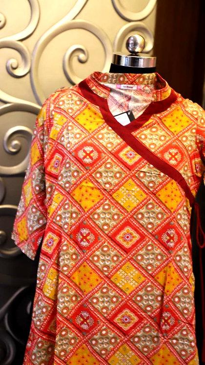 La Firangi Stylish  Side Design  Rayon kutri ( size M )