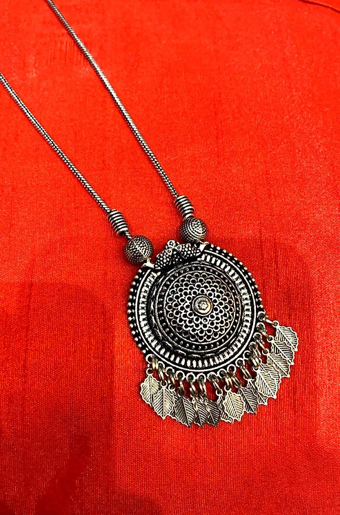oxidized chain with locket for women
