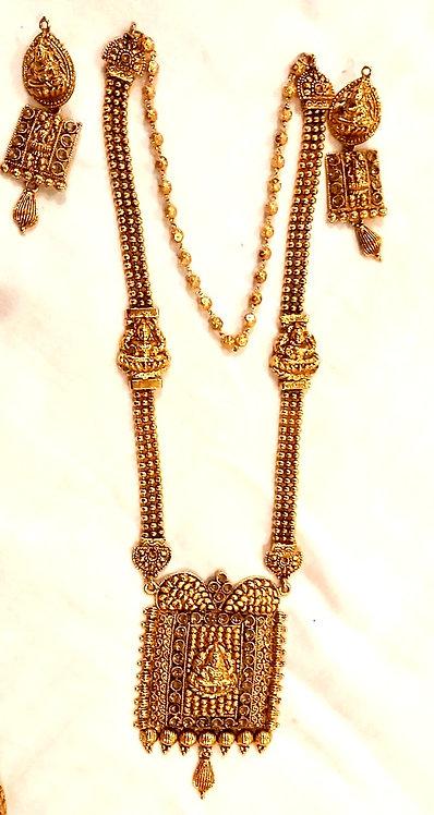 Temple jewellery set for wedding
