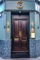 Caractere restaurant Notting Hill London entrance