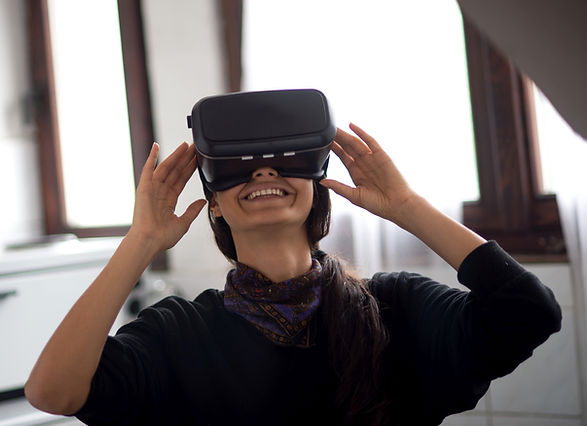 Canva - Virtual reality kleiner.jpg