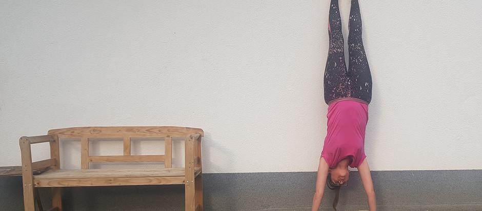 Auf eigenen Händen stehen: was ich beim Handstand-lernen gelernt habe