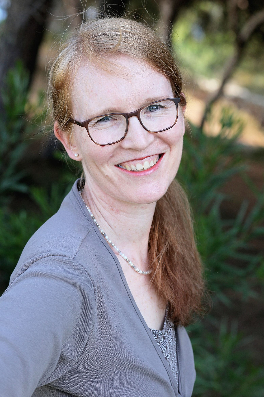 Julia Rautenberg ist Psychologische Psychotherapieutin aus Mainz und nutzt Virtual Reality im Rahmen der Videotherapie