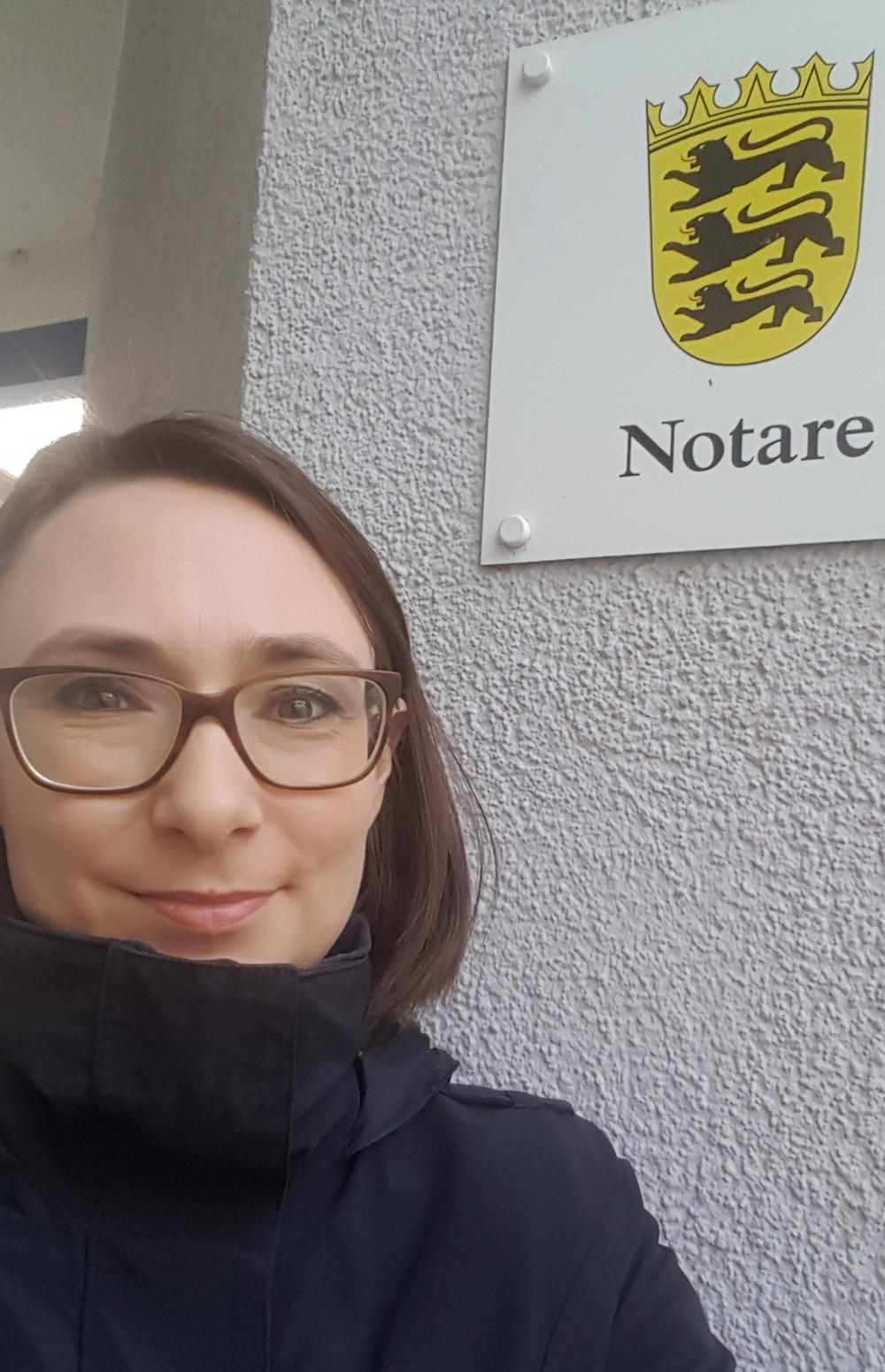 Nach dem Notartermin: ich bin frisch gebackene Geschäftsführende Gesellschafterin der Lab E GmbH