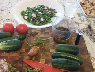 Summer Veggie Panzanella Salad