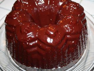 Chocolate-Raspberry Glazed Bundt Cake