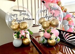 Balloon table centerpiece