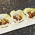 San Choi Bao on lettuce delight (3pcs)