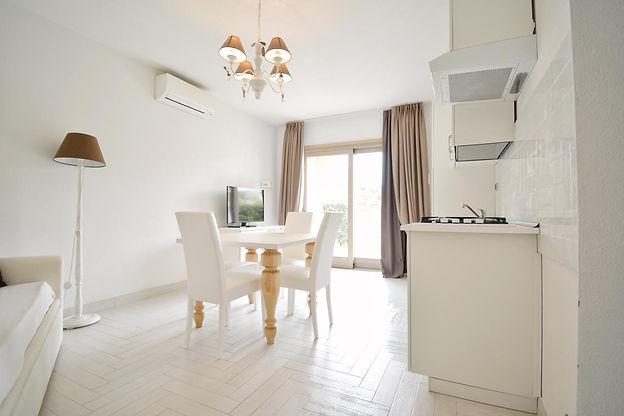 Living room/Kitchen of the apartments pendrasardinia la maddalena