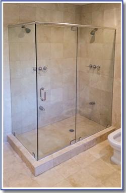 90 degree Shower Enclosure, Pinecrest