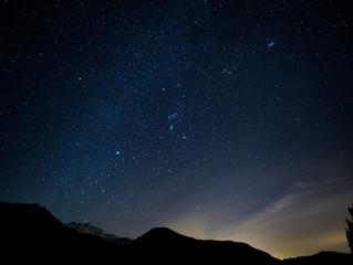 冬の夜空や澄んだ空気で夕日や日の出を見に行こう!FFヒーターで暖かい旅行!