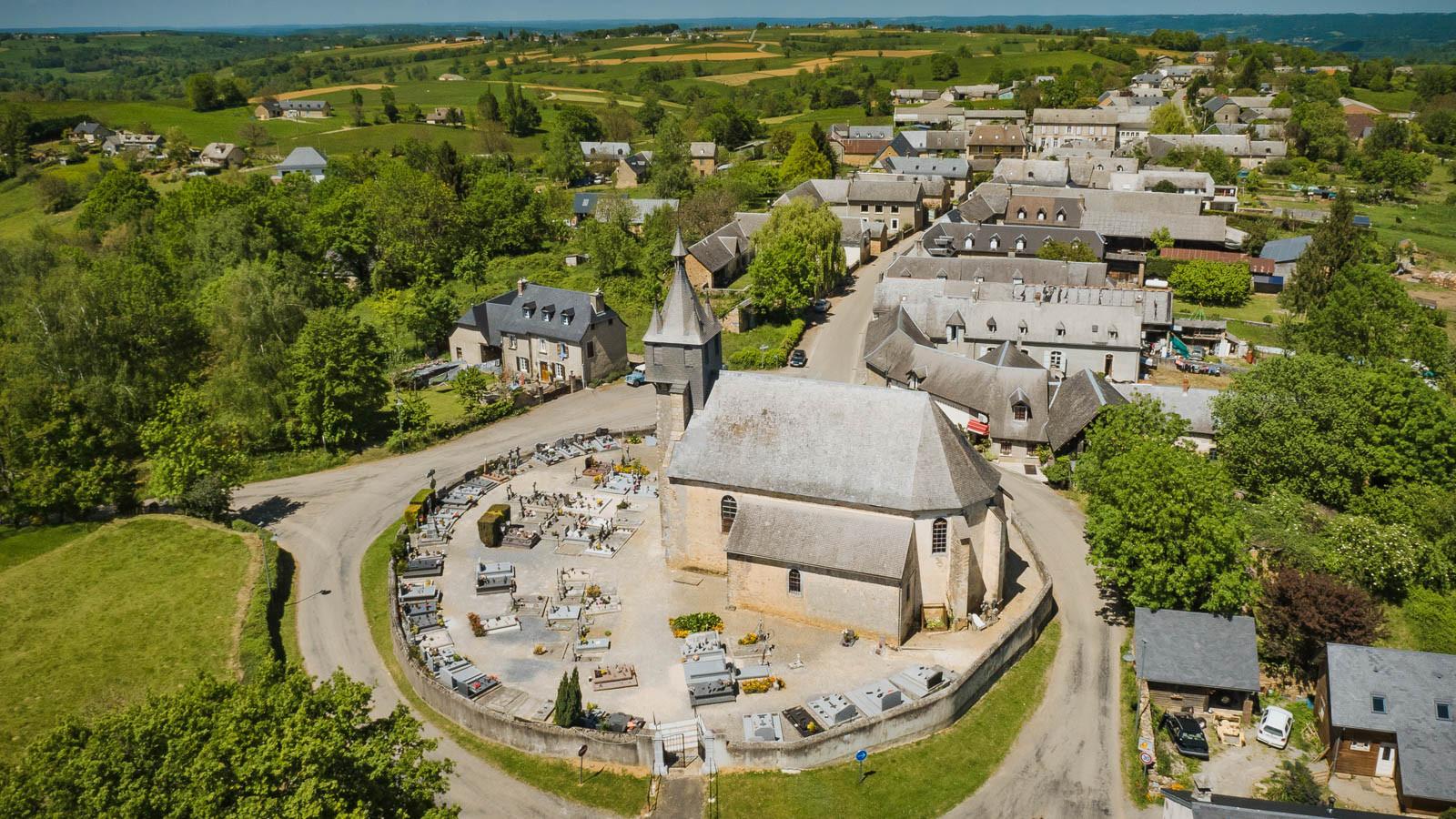 Orignac village église
