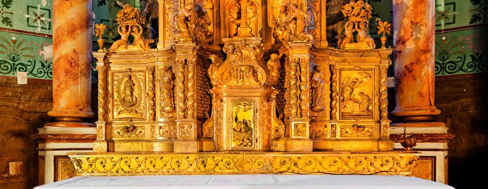 Tabernacle et baldaquin classé