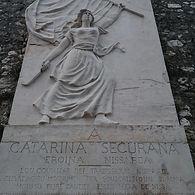 Катрин Сегюран, Ницца, Франция