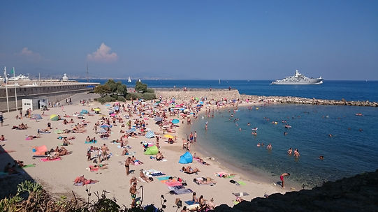 """Пляж """"la Gravette"""", Антиб, Франция"""