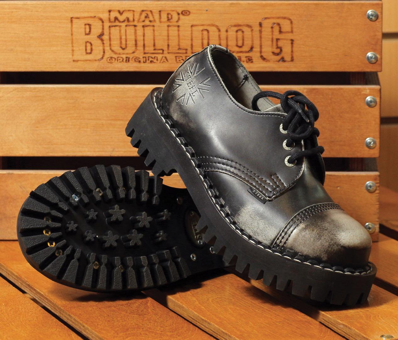 Неформальная обувь
