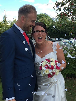 Carly & Tom wedding_400x533.jpg