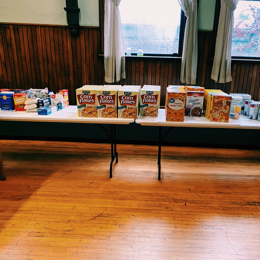 In response to the COVID-19 pandemic, The Guild of St. Margaret's (Grace Church, Middletown) opened an emergency food pantry in addition to their daily meal service.