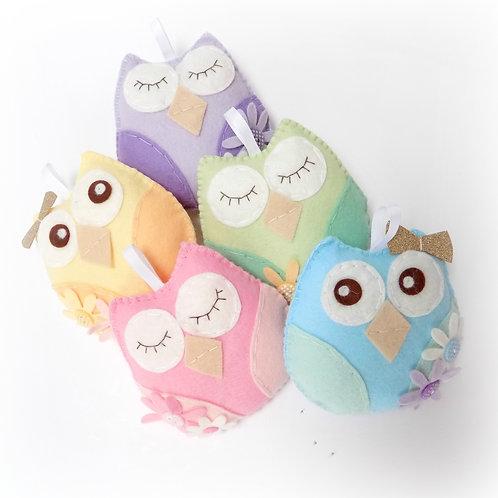 Pastel owl garland