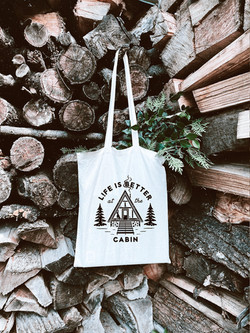 Tote bag with cabin quote