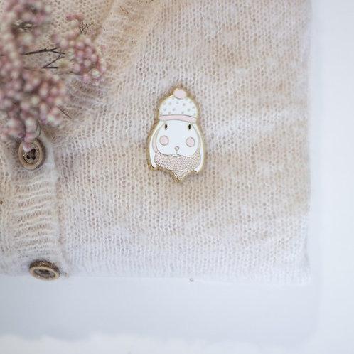 Broche pin's lapin - écharpe et bonnet