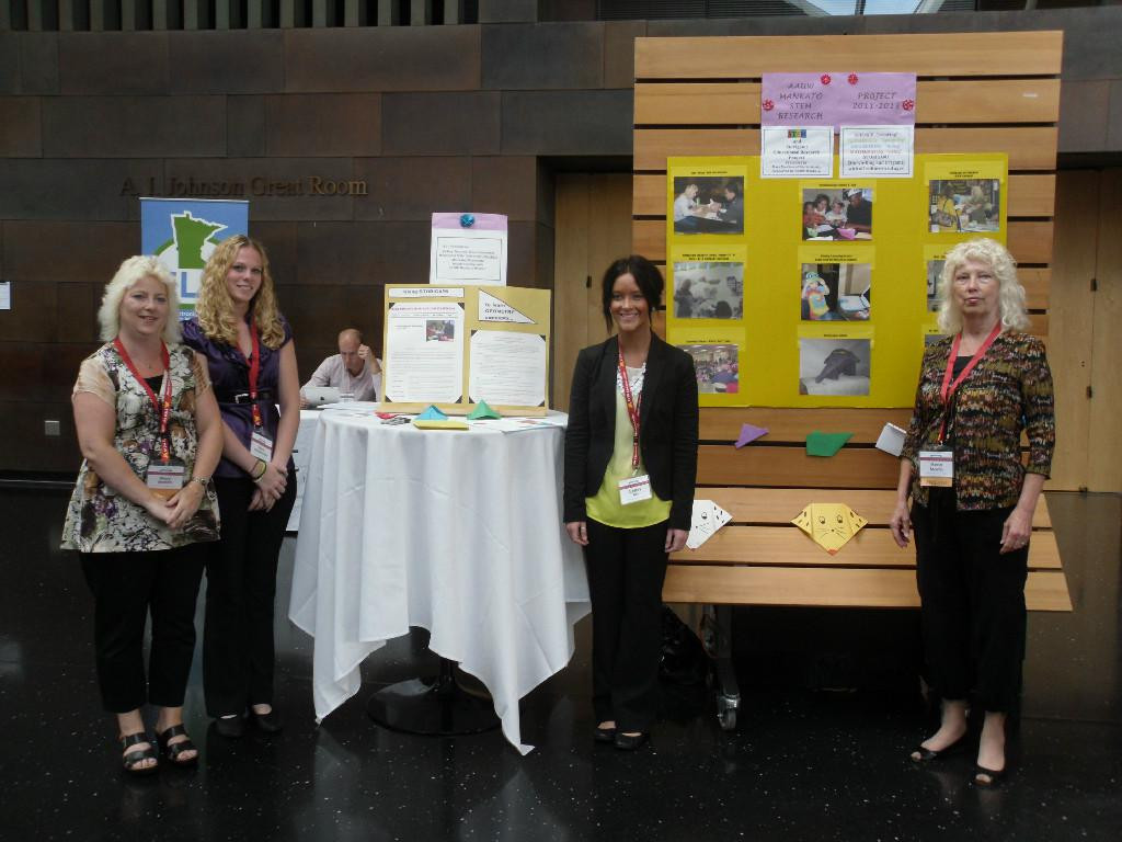 Mary Mastin, Erica Oberender, Celsey Tiry, and Project Leader Marla Mastin