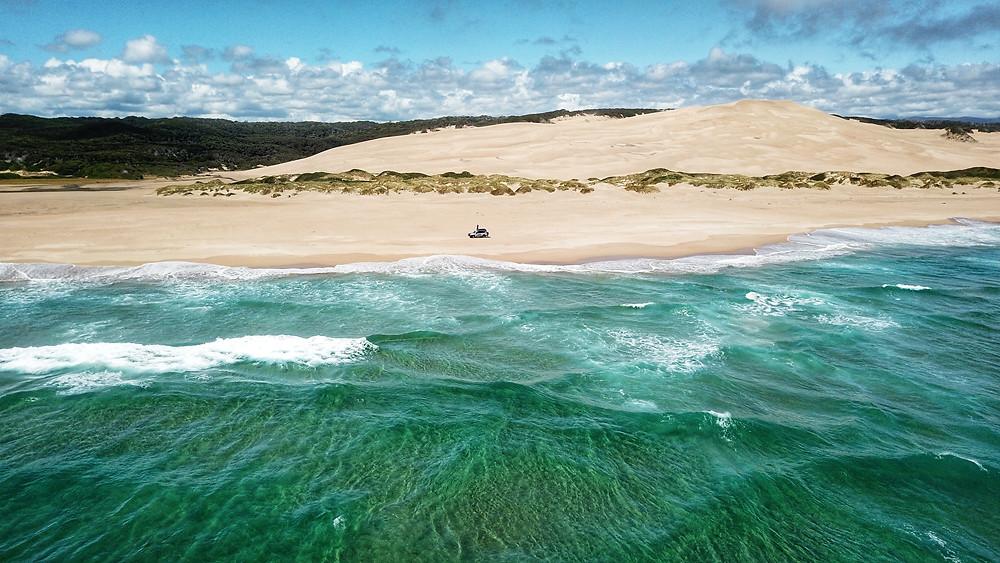 4wding Tasmanias sandy cape beach track