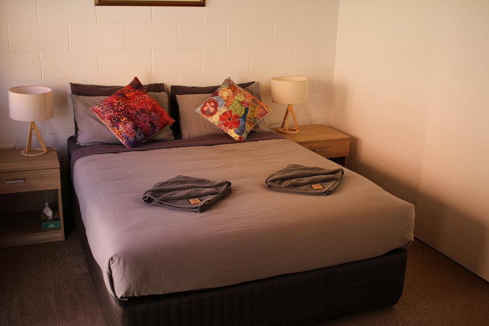 Glen Helen Lodge Deluxe Room
