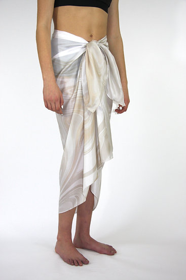 100% Silk Sarong in Ivory