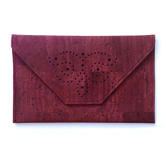 'Sapperton' Envelope Cork Clutch (wine)