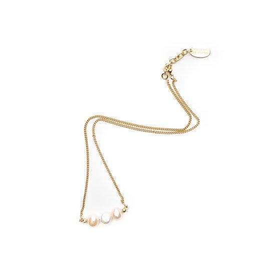 SDP - V82 -  Rosi 3 pearls necklace