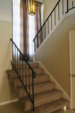 1841 Adelaide Ct, Oxnard CA 93035 Stairway