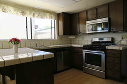 1841 Adelaide Ct, Oxnard CA 93035 Kitchen