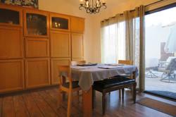 10238 Alexandria dining room