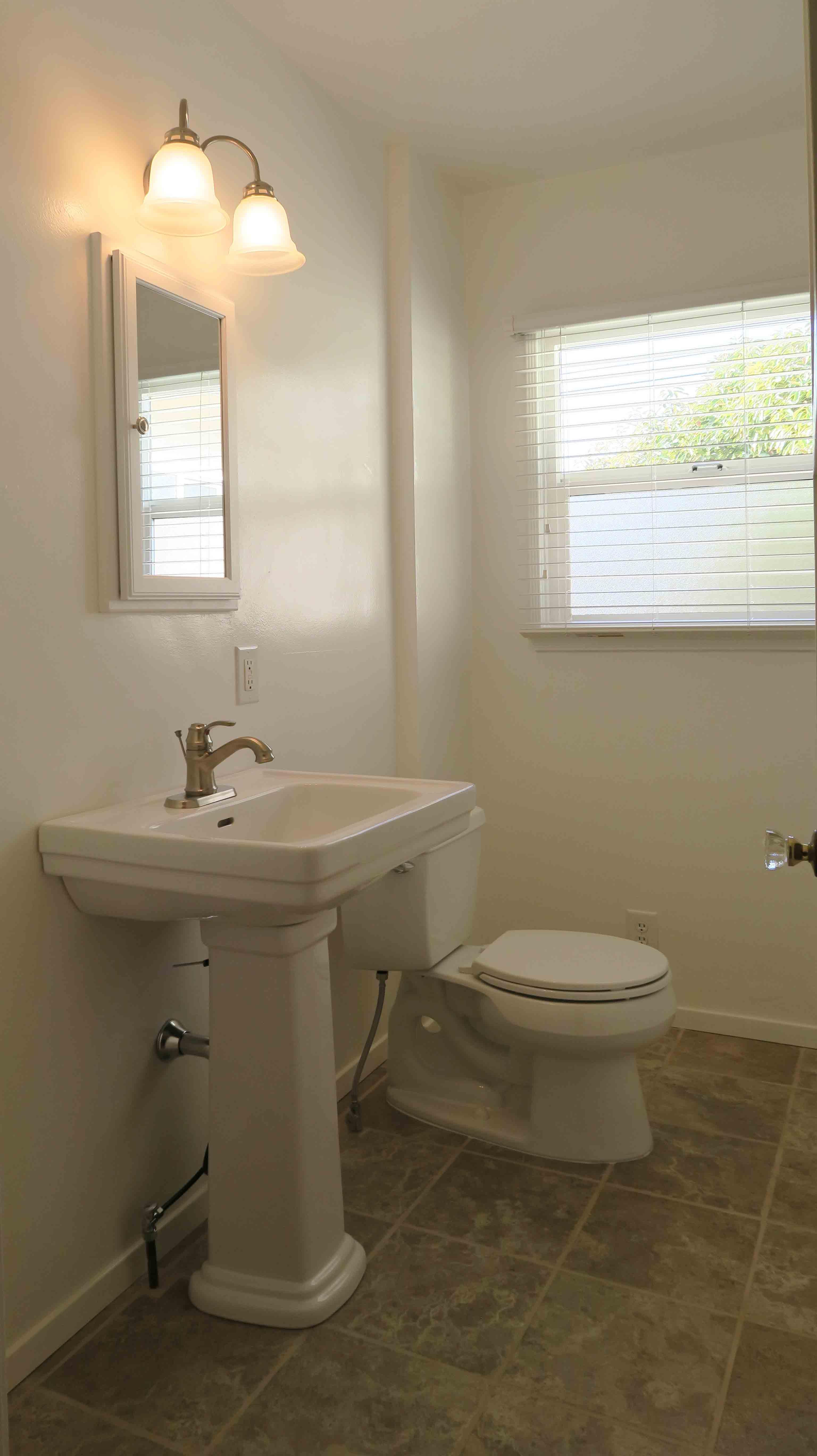 2739 Sereno - Guest Bath