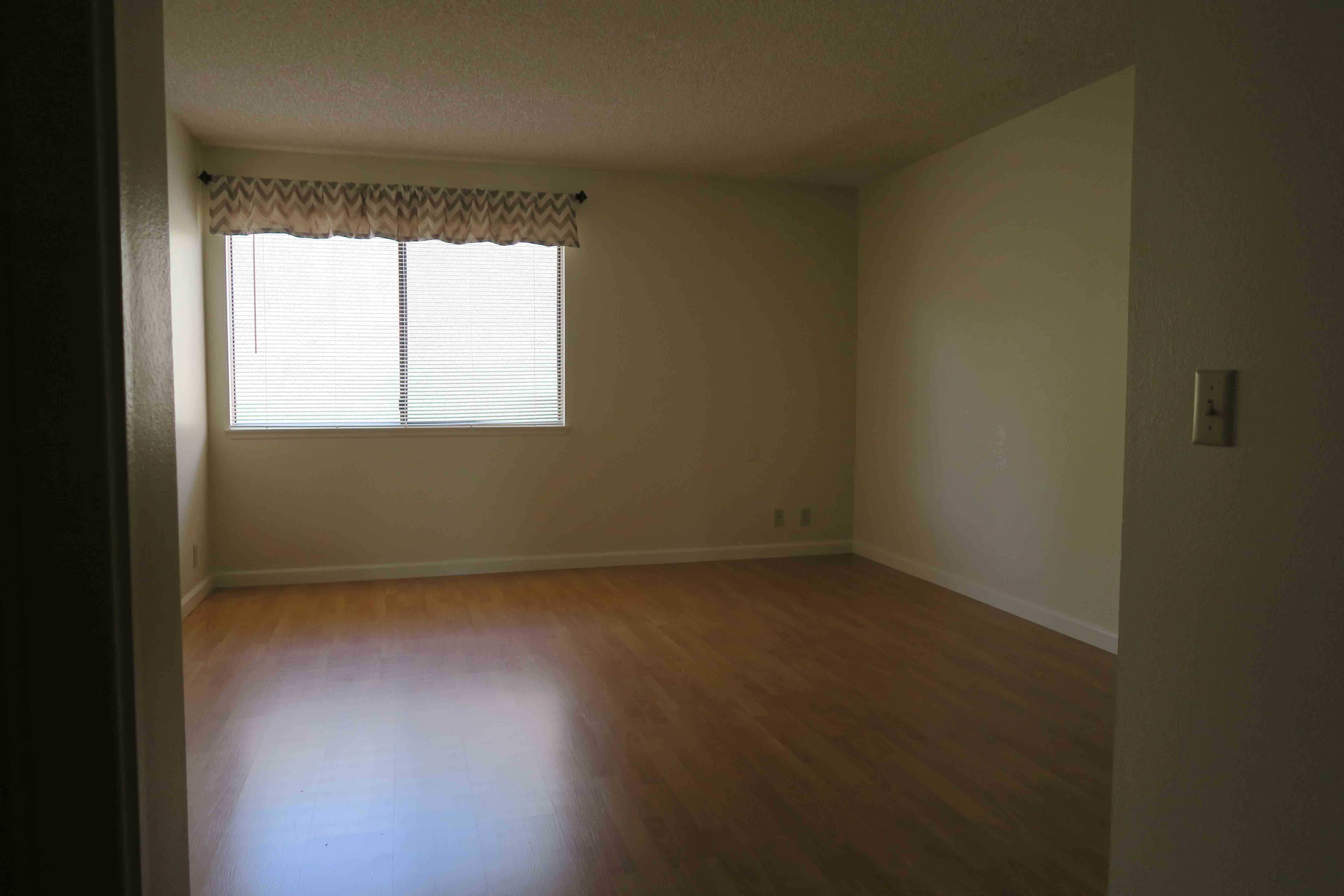 1841 Adelaide Ct, Oxnard CA 93035 Downstairs Bedroom 1