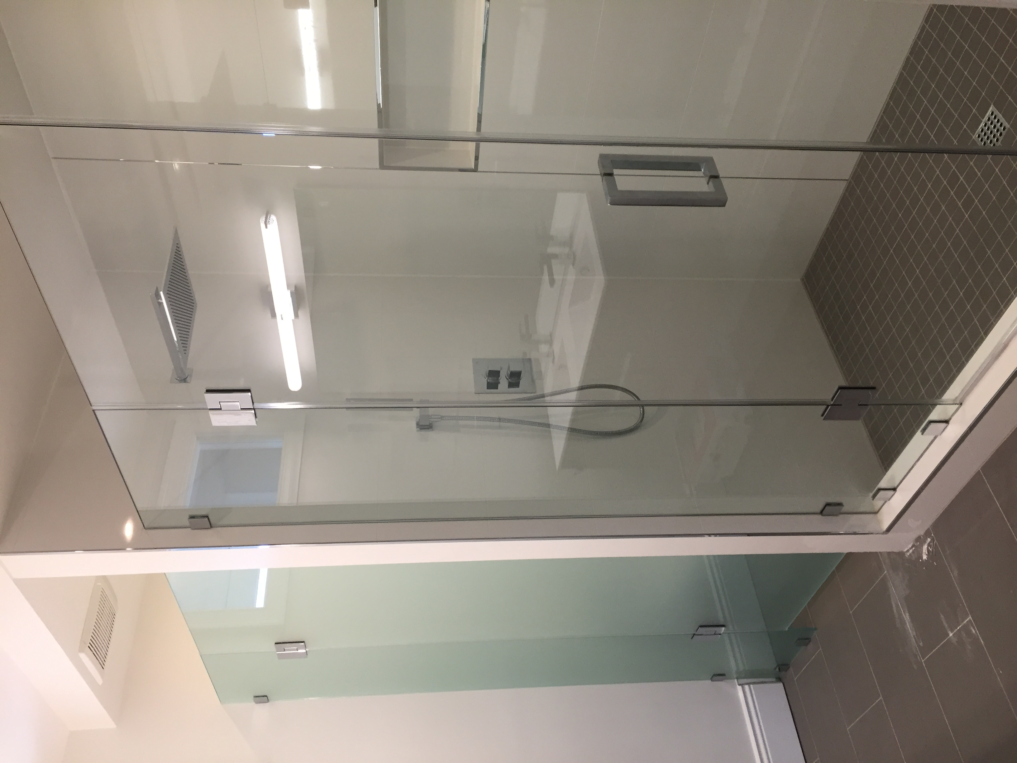 A Frameless Door an panel shower in Dc MD VA DMV US