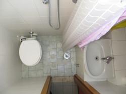 Interno 13 (bagno) - 4° piano